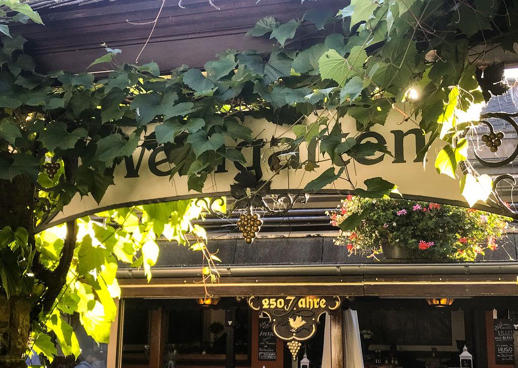 Hausbeschriftung Weingarten